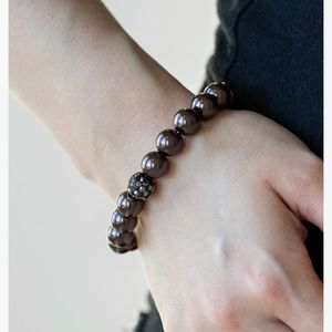 Pushing Your Luck Pearl bracelet